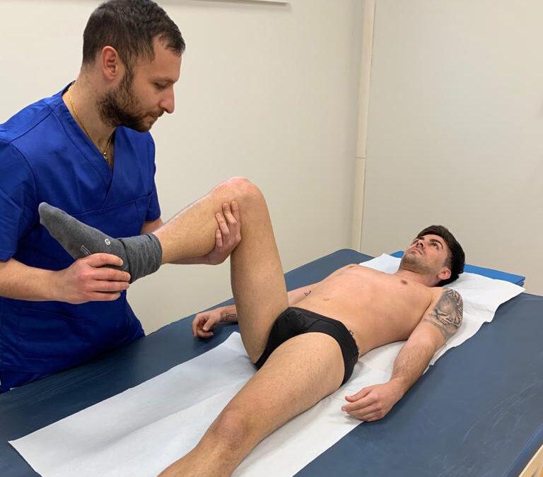 idrokinesiterapia e osteopatia per il dolore al ginocchio