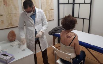 AGOPUNTURA e dolori alla colonna